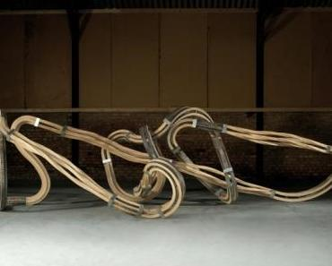 Richard Deacon – The missing part