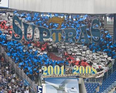 Kein Platz für Nazis - Pastörs aus dem Stadion gejaggt