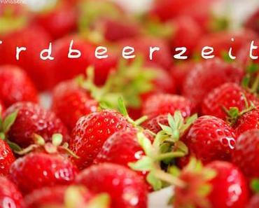 Die Erdbeerzeit beginnt: Erdbeer-Quark-Parfait mit Schoko-Crunch!