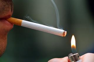 Rauchen, klönen, popeln und mehr: Ist das Arbeitszeit? Si or No?