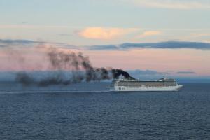 NABU-Kreuzfahrtranking 2015 – Zu viel Schweröl, zu wenig Abgastechnik