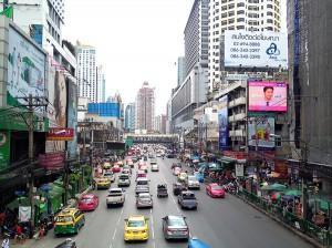 Die ersten Tage in Bangkok: Von unseren Drohnen-Plänen und Einkaufszentren