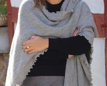 THE BLOGGER'S CHOICE – CAPE.