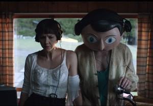 Filmkritik: Frank – Ein interessanter Film mit skurrilem Riesenkopf