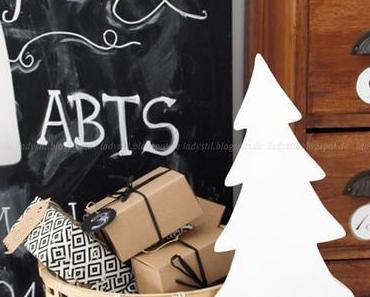 DIY zu Weihnachten Upcycling Chalkboard Haus