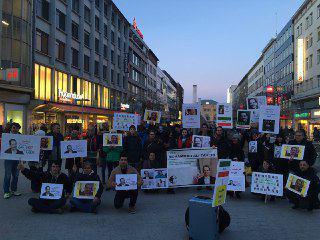Menschenrechte im Iran - Aktion am Kröpke, Hannover