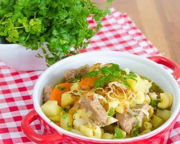 Samstagseintopf: Bauerntopf mit Kalbfleisch, Wurzelgemüse und Nudeln