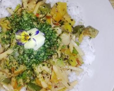 Reis mit Kokos-Curry-Gemüse