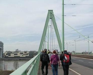 Wanderung über die 7 Brücken Kölns