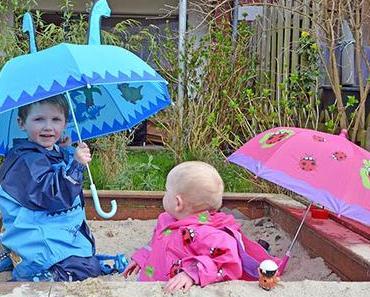 Kindermode mit der Regenwetter fast ein bisschen Spaß macht