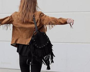 OUTFIT { FRINGED, BLACK & CHUCKS }