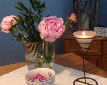 Friday-Flowerday – oder – Jetzt aber: Pfingstrosen, die Zweite