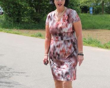 Outfit mit Schmuckgarten