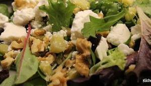 Süßsaurer Rhabarber-Salat