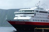 MS Spitsbergen in Svolvær getauft