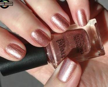 [Nails] Mädchenzeit 2.0 mit trend IT UP Nomadic Elegance Nail Polish 060