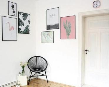 """Wohnzimmer Fotowand mit """"Acapulco Chair"""" & Gewinnspiel"""