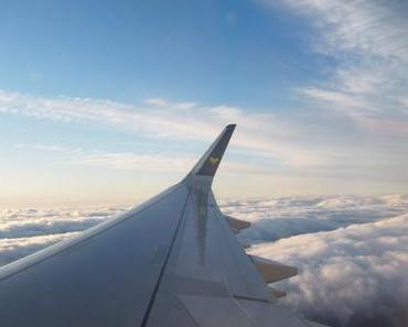 TRAVEL – HOW TO SURVIVE THOSE AWFUL LONG-DISTANCE FLIGHTS?