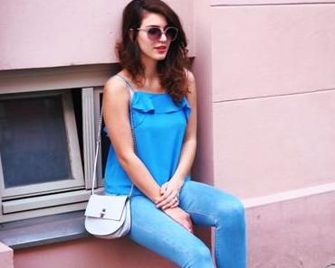 Ruffled Camisole and Skinny Jeans