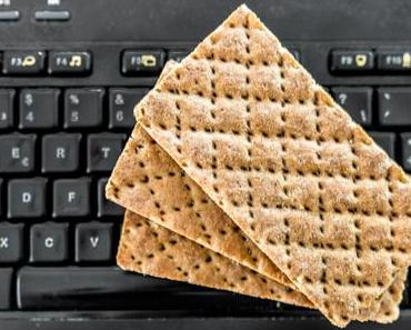 Krümel-über-der-Tastatur-Tag – der amerikanische Crackers Over Your Keyboard Day