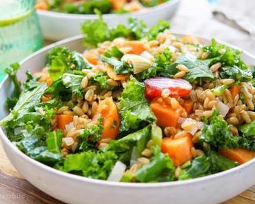 Grünkohlsalat mit geröstete Rote Bete und Süßkartoffel