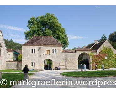 Eine Genuss-Wanderreise im Herbst mit AVANTI: BURGUND (2) – Abbaye de Fontenay und ein typisch französisches Abendessen