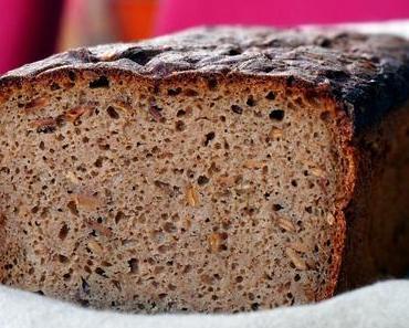 Das beste Brot auf diesem Blog bisher – Kommissbrot mit Sonnenblumenkernen