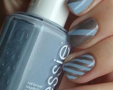 [Nails] Lacke in Farbe ... und bunt! TAUBENBLAU mit essie 219 bikini so teeny