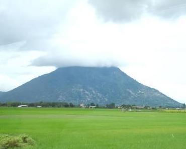 Besuch auf dem Ba Den Berg