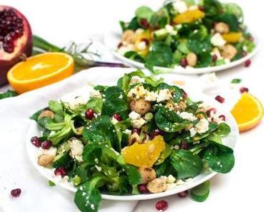 Fruchtiger Feldsalat mit Macadamia