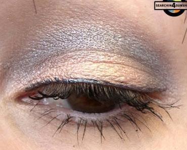 [Eyes] essence WINTER glow loose eyeshadow 01 FROZEN EYES & 03 GLEAMING IN THE WINTER SUN
