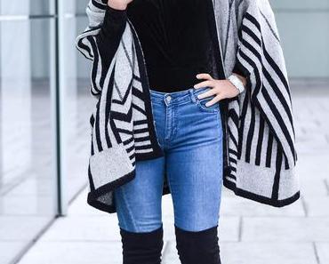 Outfit: Velvet Bodysuit, Overknees and Cape