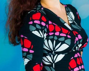 Gloria Wickelraffshirt aus Shalmiak Bloom und Tipps gesucht fürs Stoffregal