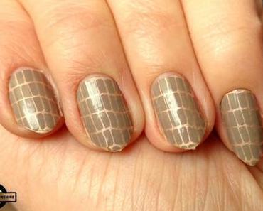 [Nails] essie sleek stick nail stickers longwearing 02 croc'n chic