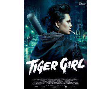 """Gewinnt Filmposter und hängt euch Ella Rumpf als """"Tiger Girl"""" in die Wohnung"""