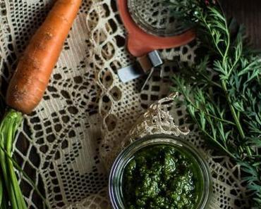 Bärlauch-Pesto mit Möhrengrün