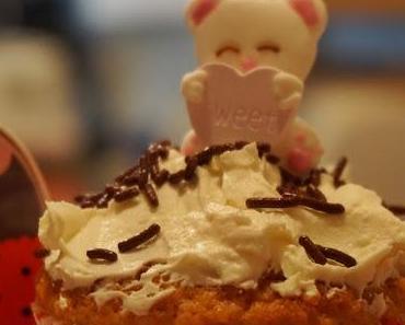 Pina Colada Cupcakes (light)