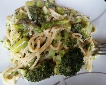 Pasta Primavera - alles aus einem Topf