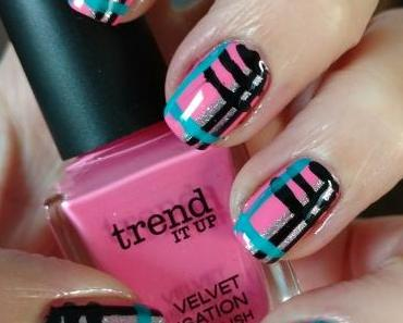 [Nails] Frischlackiert-Challenge: KARIERT mit trend IT UP VELVET SENSATION NAIL POLISH 030
