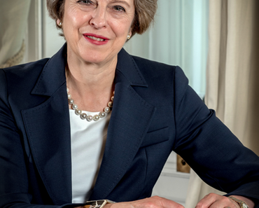 "Theresa May toppt ""Neuland"" mit ""Kinderspielplatz"""