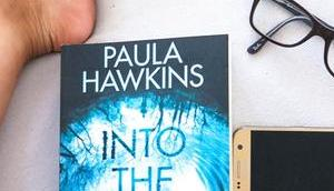 neue Thriller Paula Hawkins: Into Water