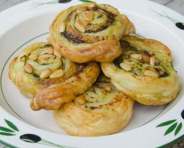 Apéro Happen/Fingerfood: Blätterteig-(Bärlauch)-Pesto-Schnecken mit Parmesan