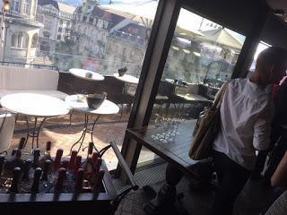 Über den Dächern von Zürich