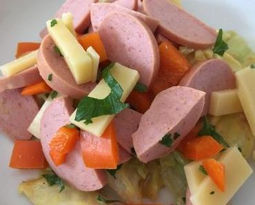 Währschaft und gut: Sommersalate mit Kartoffeln und Wurst