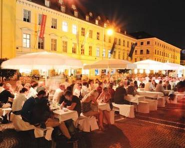 Vorankündigung: 6. Bayerisches Genussfestival am Münchner Odeonsplatz - + + + 28. bis 30. Juli 2017 ++ erkunden, feiern, genießen ++ mehr als 50 fränkische Winzer + + +