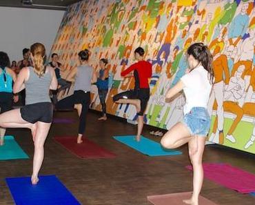 Pop Up Yoga im Jüdischen Museum