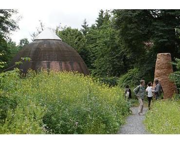 Lebenswerk Lehm – zu Besuch auf dem Minke-Gelände bei der documenta 2017