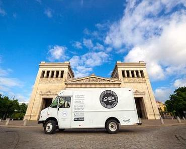 Grillin' me softly - + + + Streetfood ++ Gourmet-Burger ++ Food-Truck ++ Catering + + +