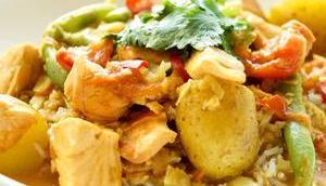 Lachsfilet Kokos-Curry grünen Bohnen Kartoffeln