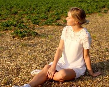 Abschiede / /Fashion – White Dress